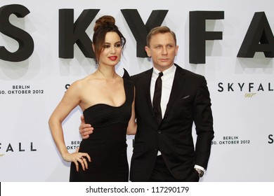 "BERLIN, GERMANY - OCTOBER 30: Berenice Marlohe and Daniel Craig attend the Germany premiere of James Bond 007 movie ""Skyfall"" at the Theater am Potsdamer Platz on October 30, 2012 in Berlin, Germany"