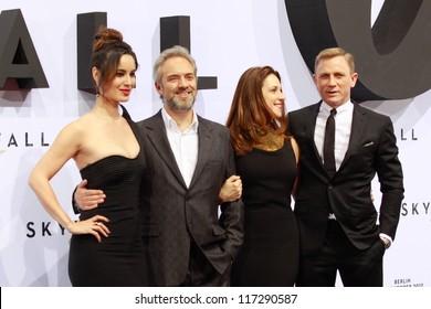"BERLIN, GERMANY - OCTOBER 30: Berenice Marlohe, Sam Mendes, Barbara Broccoli and Daniel Craig attend the Germany premiere of James Bond 007 movie ""Skyfall"" on October 30, 2012 in Berlin, Germany"