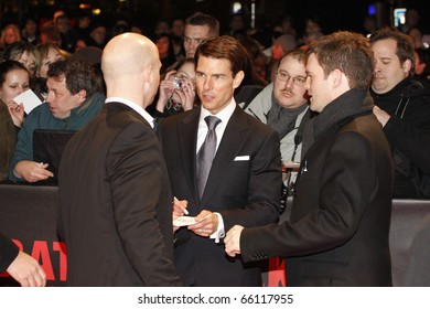 BERLIN - JANUARY 20:  Tom Cruise attends the European premiere of 'Valkyrie' on January 20, 2009 in Berlin, Germany.