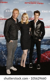 """BERLIN - JUN 20: Rhys Ifans, Andrew Garfield, Emma Stone at the photo call for """"The Amazing Spider-Man"""" on June 20, 2012 in Berlin, Germany"""