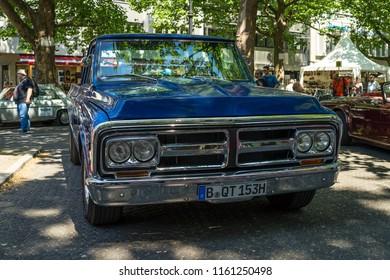 BERLIN - JUNE 09, 2018:  Full-size pickup truck GMC C-Series (Second generation), 1972. Classic Days Berlin 2018.