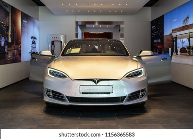 BERLIN - JUNE 09, 2018: Shoroom. Mid-size luxury car all-electric five-door liftback car Tesla Model S.