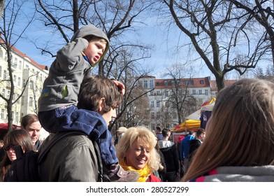 BERLIN March 1st: BOXAGENGER PLATZ (flea market) on March 1 2015 in Berlin, Germany.