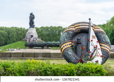 BERLIN - MAY 09, 2018: Soviet War Memorial (Treptower Park).  The inscription in Russian: Eternal memory to the fallen heroes.