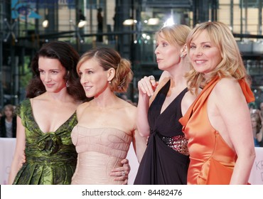BERLIN - MAY 15: Kristin Davis, Sarah Jessica Parker, Cynthia Nixon and Kim Catrall attend the German premiere of 'Sex And The City' at the Cinestar movie on May 15, 2008 in Berlin, Germany.
