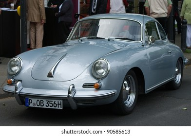 """BERLIN - MAY 28: Cars Porsche 356 Turbo, the exhibition """"125 car history - 125 years of history Kurfurstendamm"""", May 28, 2011 in Berlin, Germany"""