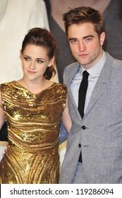 BERLIN - NOVEMBER 16: Kristen Stewart and Robert Pattionson attend the 'Twilight Saga: Breaking Dawn Part 2' Germany Premiere at CineStar on November 16, 2012 in Berlin, Germany.