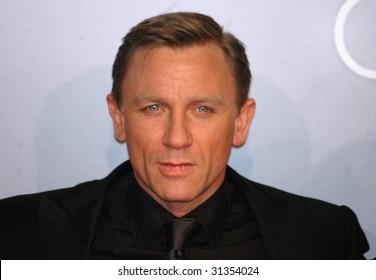 "BERLIN - NOVEMBER 21: Daniel Craig at German premiere of James Bond film ""Casino Royale"" at Sony Center November 21, 2006 in Berlin."