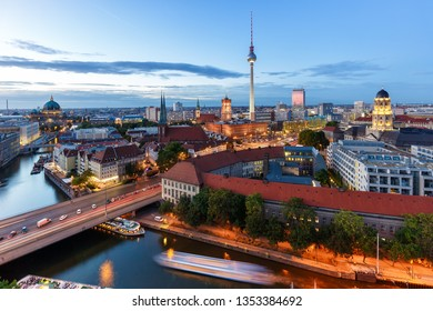 Berlin skyline tv tower townhall landmark twilight Germany city twilight