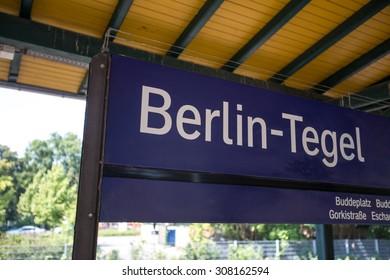 berlin tegel train station sign