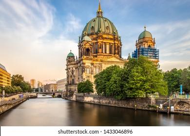 Berliner dome in the evening, Berlin