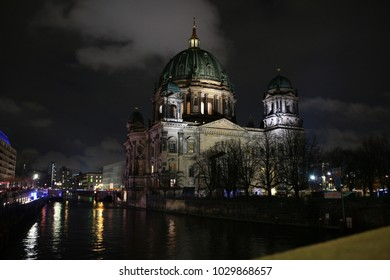 The berliner dome on the museum island.