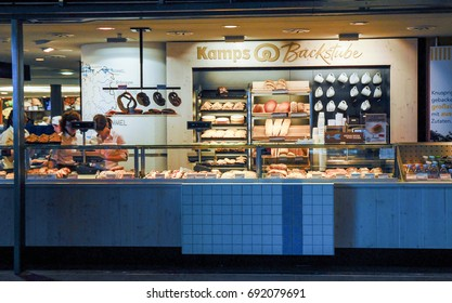 BERLIN-JUNE 2: A bakery in the Berlin Hauptbanhof,the main railway station of the city,on June 2 ,2011.
