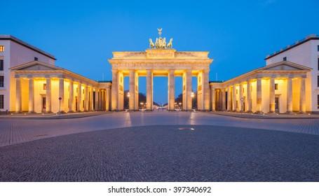 Berlin's Brandenburg Gate (Brandenburger Tor) at dusk