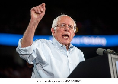 Bernie Sanders speech at the MODA Center in Portland, OR. 9/8/2015