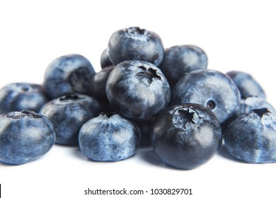 Berries are blueberries on a heap.