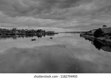 berwick harbour black and white