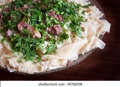 Beshbarmak: Traditional meat dish in Bashkortostan, Kazakhstan and Kyrgyzstan