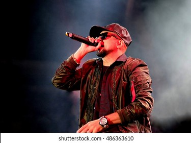 Bestival  - September 11 th 2016: Jamaican singer songwriter and rapper Sean Paul performing on the main stage at Bestival festival, Newport, Isle of Wight, September 11, 2016 in Isle of Wight, UK