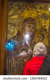 Bethlehem Palistin \ Palestine. 01.24.2018 Icon of the Virgin Mary with Jesus Christ at the hands of the temple of the Nativity of Christ.
