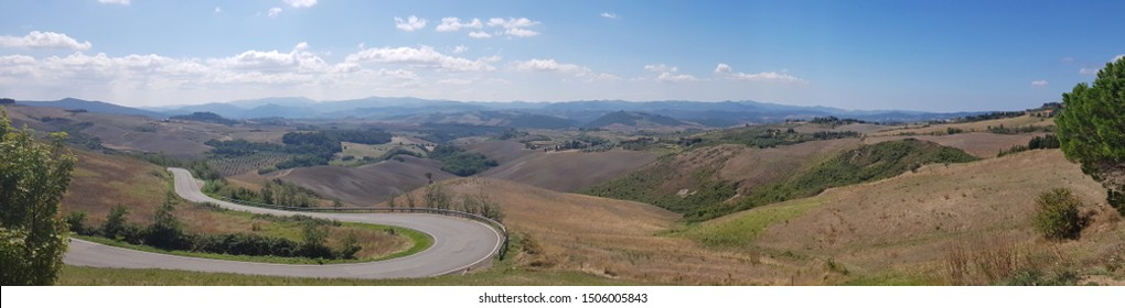 between volterra and San Gimignano in Tuscany