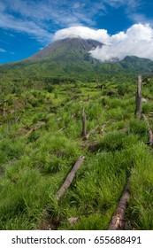 Beutiful Merapi Volcano Mountain in The morning / Gunung Merapi yang Indah