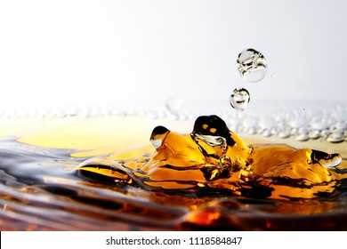 Beverage / A liquid to consume a drink, such as tea, coffee, liquor, beer, milk, juice, or soft drinks, usually excluding water.