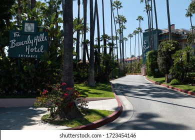 Beverly Hills, CA/USA - April 16, 2020: The famous Beverly Hills Hotel is deserted during the COVID-19 quarantine