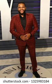 BEVERLY HILLS - FEB 24: Anthony Anderson at the 2019 Vanity Fair Oscar Party at The Wallis Annenberg Center for the Performing Arts on February 24, 2019 in Beverly Hills, CA
