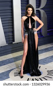 BEVERLY HILLS - FEB 24: Kendall Jenner at the 2019 Vanity Fair Oscar Party at The Wallis Annenberg Center for the Performing Arts on February 24, 2019 in Beverly Hills, CA
