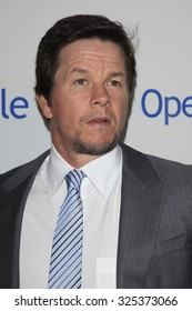 BEVERLY HILLS - OCT 2: Mark Wahlberg at the Operation Smile's 2015 Smile Gala  on October 2, 2015 at the Beverly Wilshire Four Seasons Hotel in Beverly Hills, CA.