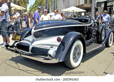 BEVERLY HILLS/CALIFORNIA - JUNE 15, 2014: 1932 Auburn V-12 Boattail Speedster owned by Tony Vincent Sr. at the Rodeo Drive Concours D'Elegance on June 15, 2014 Beverly Hills, California, USA