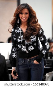 Beyonce Knowles on stage for NBC Today Show Concert with Beyonce, Rockefeller Center, New York, NY, December 04, 2006
