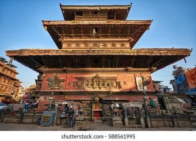 BHAKTAPUR/NEPAL - NOVEMBER 15, 2016: Bhairavnath temple at Taumadhi Square in Bhaktapur, Nepal