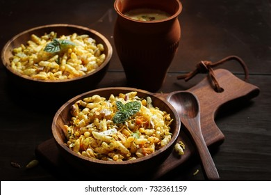 Bhel Chaat served in wooden bowls along with Rabdi - Indian Diwali snack
