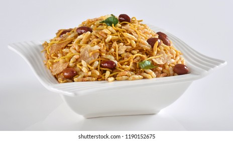 Bhel Puri Snack, famous Pakistani & Indian snack or street food