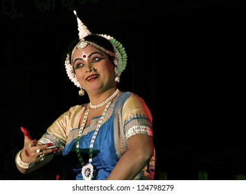 BHUBANESWAR,INDIA - JANUARY 22 : An unidentified woman performs Odissi Dance ( oldest surviving Indian dance form) in the 8th Kharavela Festival at Udaygiri, Bhubaneswar, India on January 22, 2010