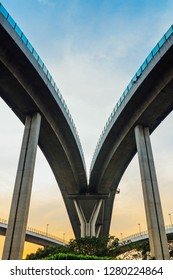 Bhumibol Bridge is a bridge across the river for the road industry in Thailand