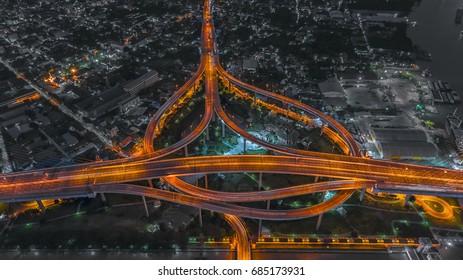 Bhumibol Bridge in Samut Prakan./Twilight at Bhumipol Bridge in Bangkok. / The King of Bridge