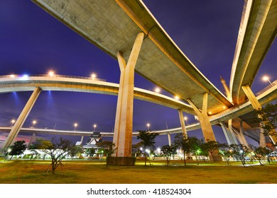 Bhumibol Bridge in Thailand,The bridge crosses the Chao Phraya River twice.