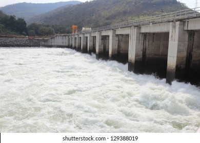 bhumibol dam,Tak,Thailnad