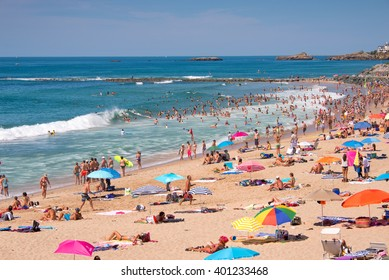 BIARRITZ, FRANCE - AUGUST 2: Tourists in summer on Milady beach, on August 2, 2015 in Biarritz, France
