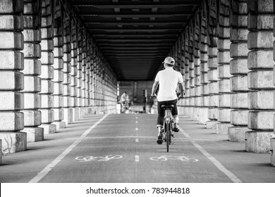 Bicycle in the Bercy Bridge