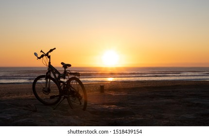With a bicycle to the ocean