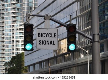 Bicycle signal sign