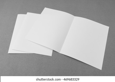 bifold white template paper on gray background ez canvas
