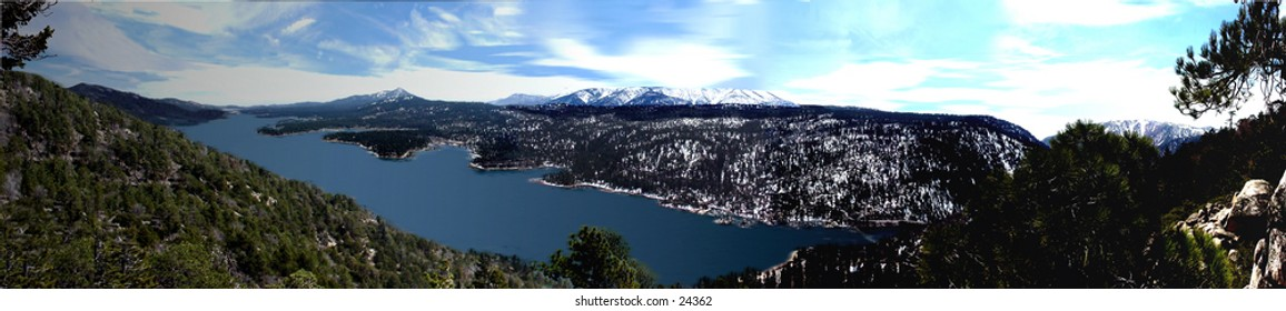 Big Bear Lake Mountain resort getaway destination in the San Bernardino National.