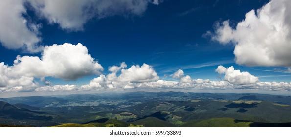 Big Beautiful clouds.The Carpathian Mountains. A beautiful mountain landscape. Nature in the mountains. Mountain panorama.