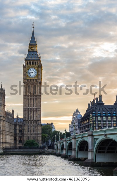 Big Ben and cloudy sky on a sunset. London