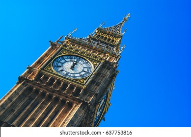 Big ben the house of parliament with clear blue sky